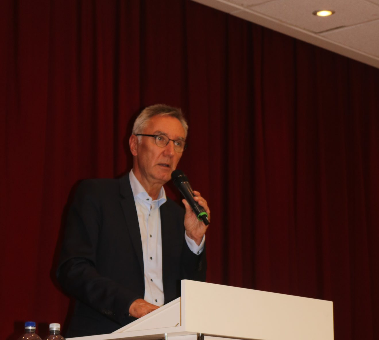 Große Beteiligung am Vortrag mit Professor Schulte-Markwort